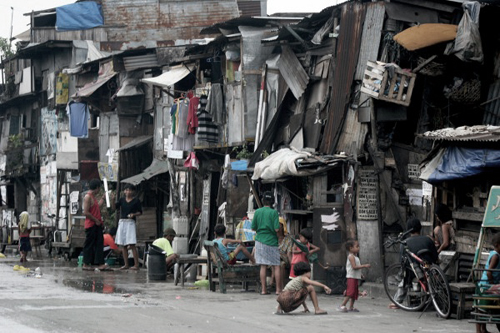 manila-slums-smokey-mountain-600x399